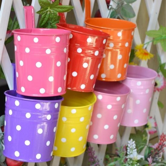 Пластиковые горшки для цветов своими руками